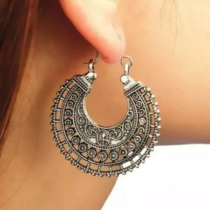 3/$30 Vintage Antique Silver Boho Earrings